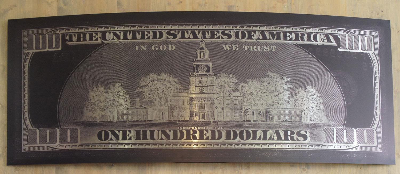 100 US Dollars sculpture